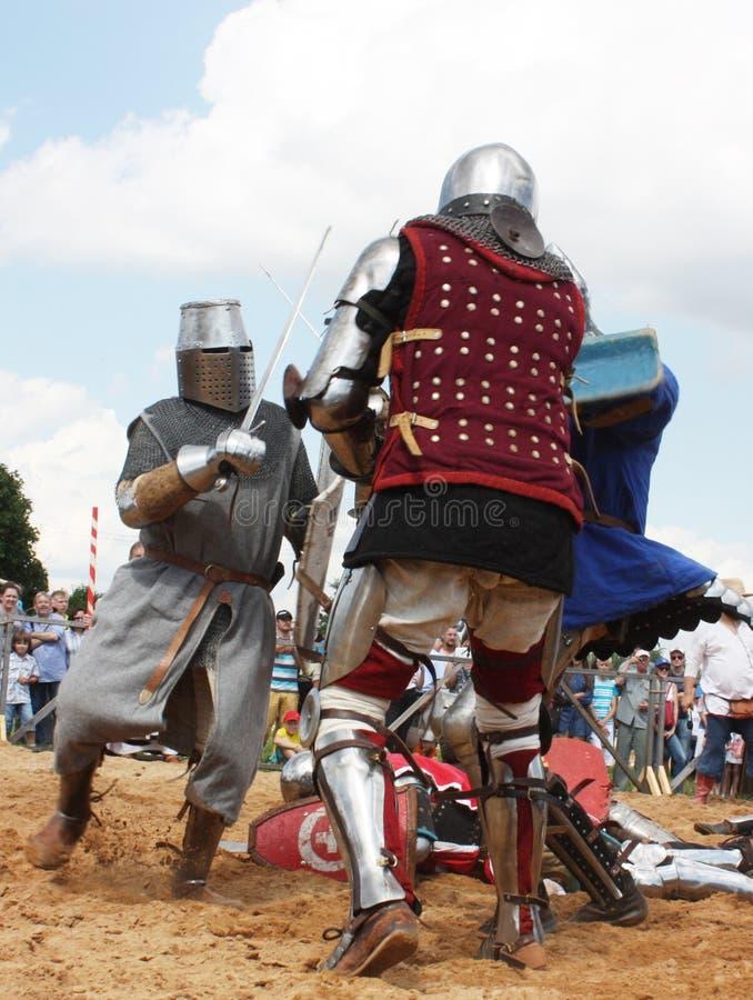 chevalerie Combat d'épée festival Mstislavl photo libre de droits