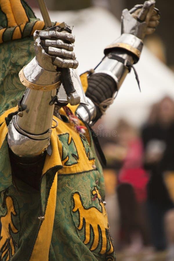Chevalier avec une épée photos libres de droits