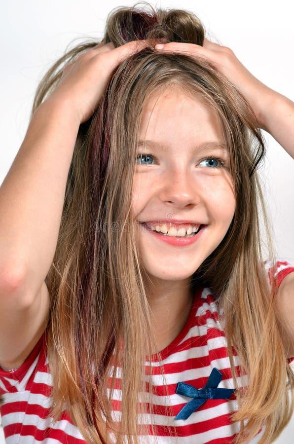 Cheveu drôle de fille d'enfant photo stock