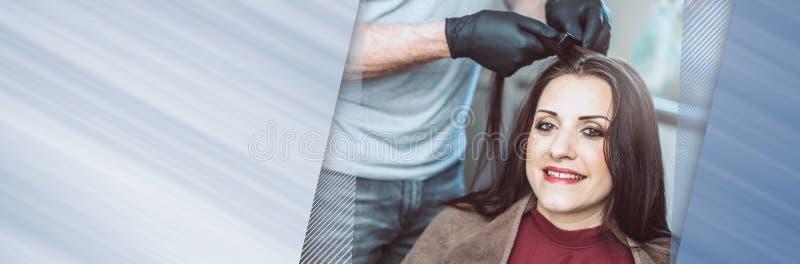 Cheveux de coloration de coiffeur ; bannière panoramique photos libres de droits