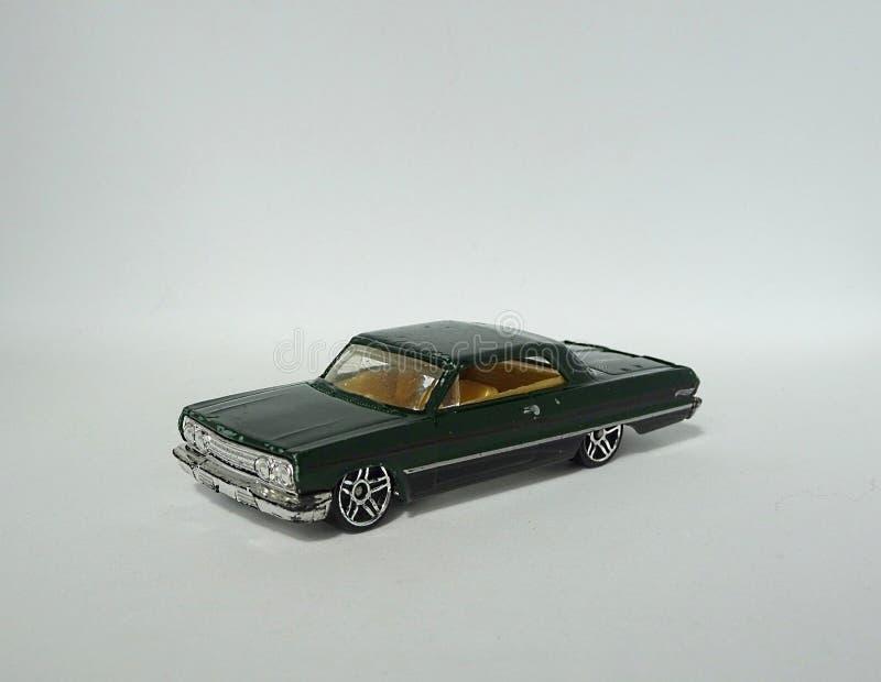 Chevrolet Chevy Impala odizolowywał metalu samochodu zabawki modela obraz royalty free