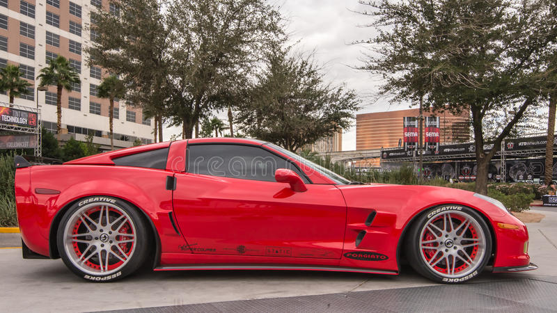 Chevrolet-Korvet bij de de Marktvereniging van het Specialiteitmateriaal royalty-vrije stock afbeeldingen