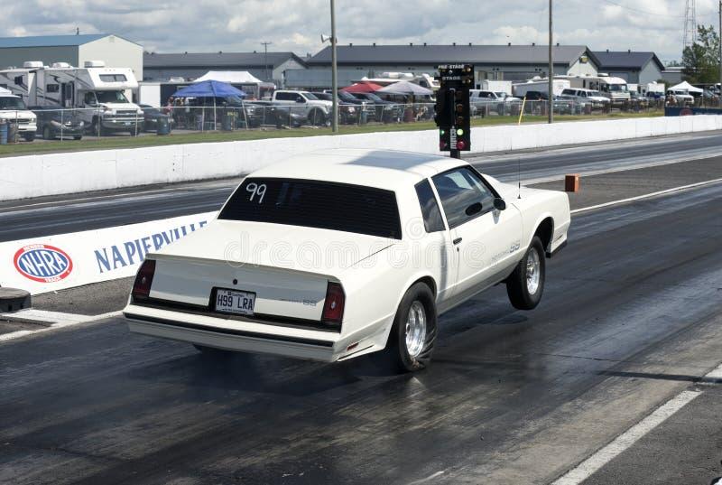 Chevrolet Monte Carlo wheelie royalty-vrije stock afbeeldingen