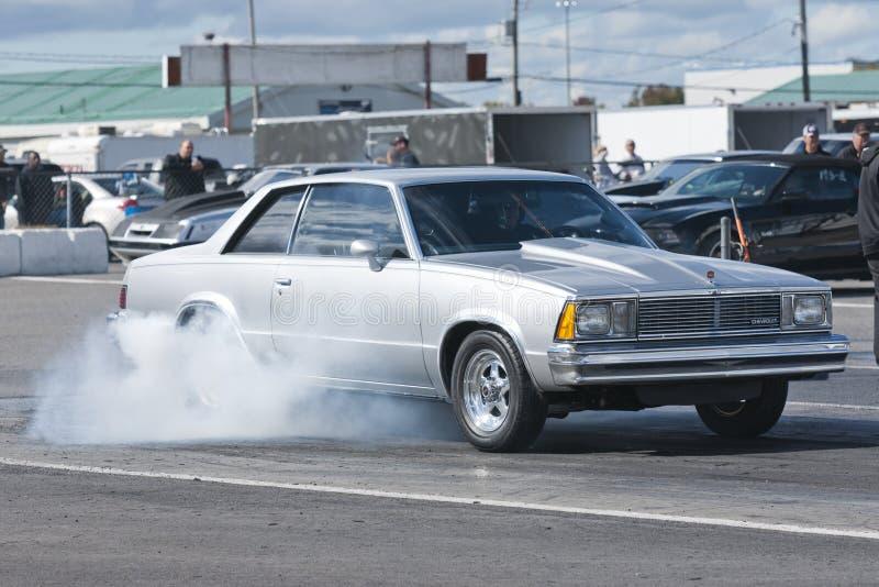 Chevrolet-Raucherscheinen lizenzfreie stockbilder