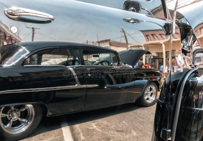 1955 Chevy w odbiciu obraz royalty free