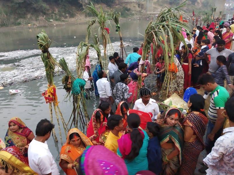 Chhath Pooja scène-2 van Azamgarh, Uttar Pradesh stock afbeelding