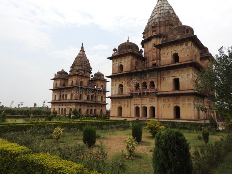 Chhatri, temps clair, Orchha, Madhya Pradesh, Inde photo libre de droits