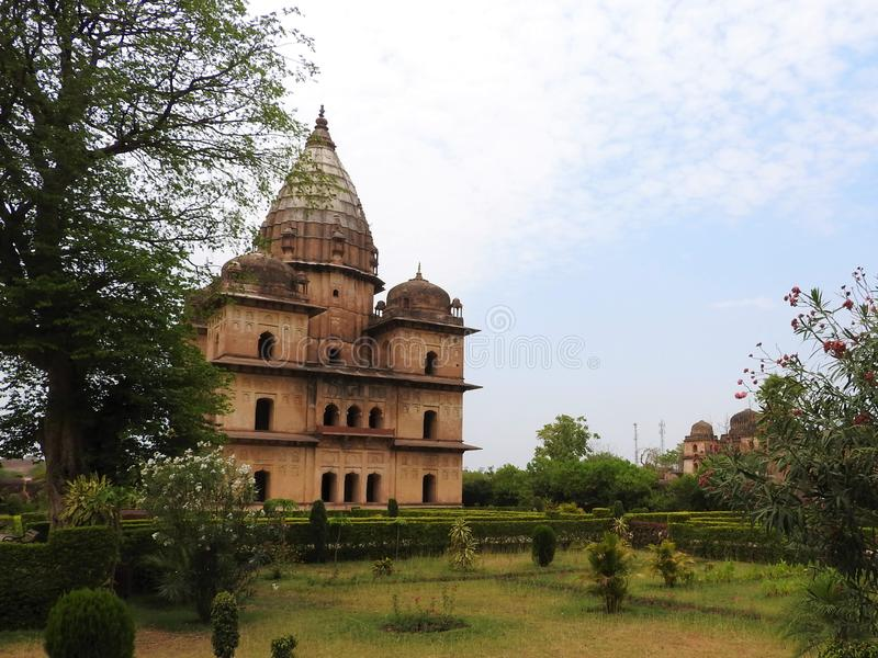 Chhatri, temps clair, Orchha, Madhya Pradesh, Inde photos libres de droits