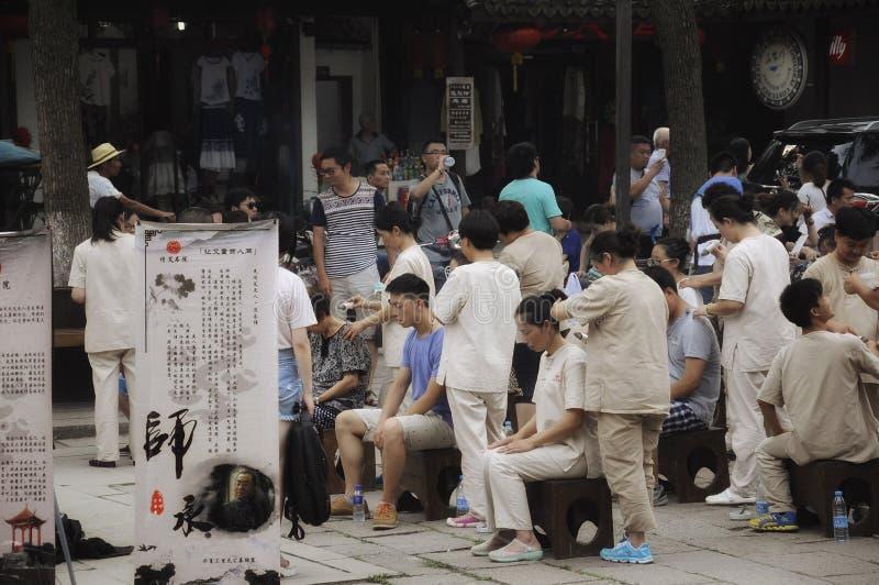 Chińczycy otrzymywa masaże
