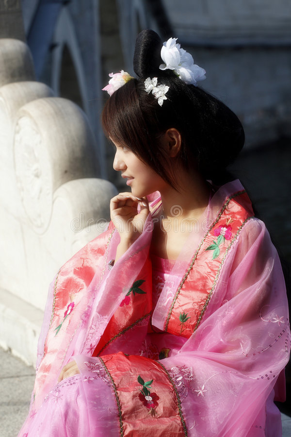 chińczycy pradawnych sukienkę dziewczynie zdjęcie stock