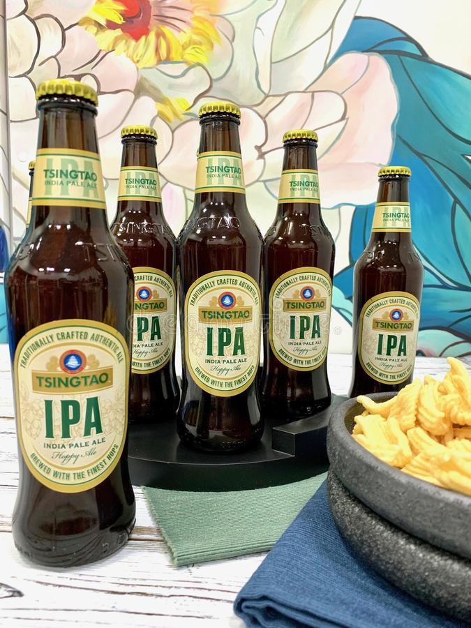 Chińczyk, tradycyjny, alkoholiczny napój, - piwo obraz stock