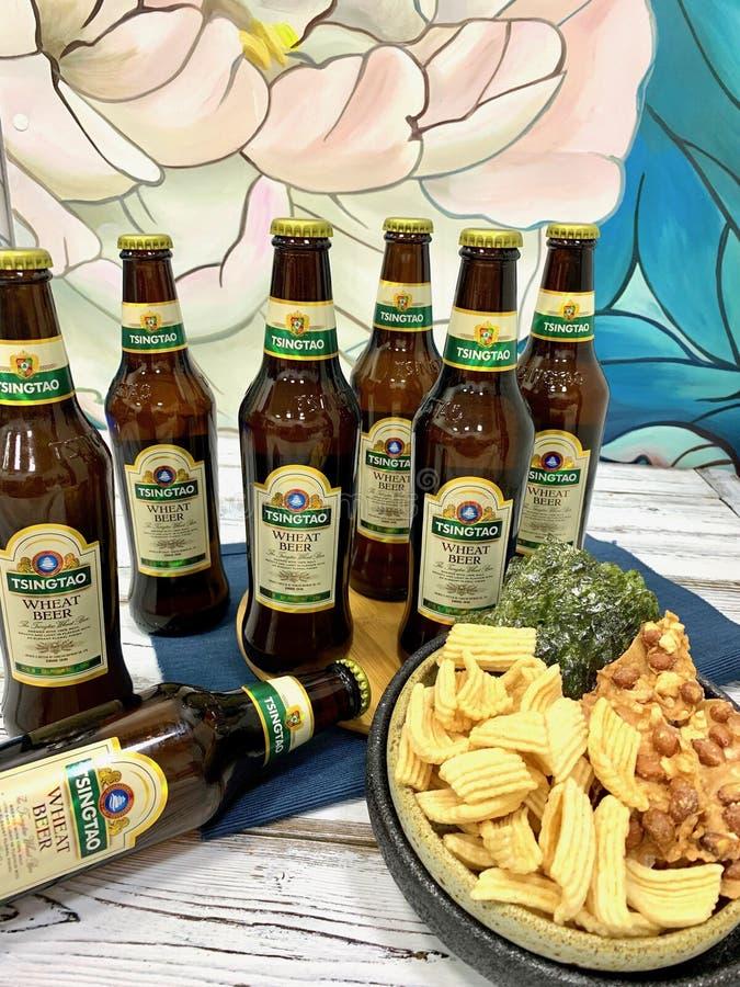 Chińczyk, tradycyjny, alkoholiczny napój, - piwo fotografia stock