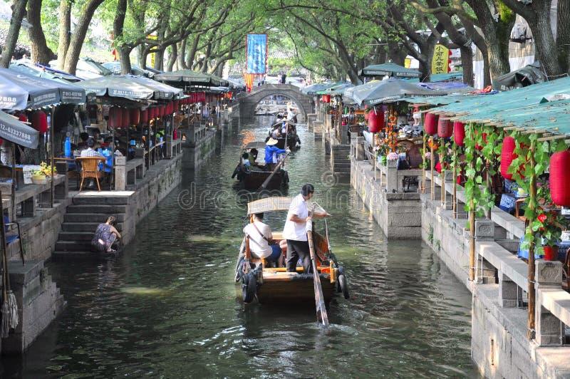 Chińczyka Tongli Grodzkie restauracje i Wodny kanał zdjęcia royalty free