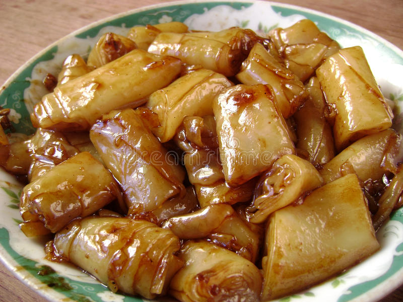 Chińska kuchnia smażyć kumberlandów ryż rolki zdjęcie royalty free