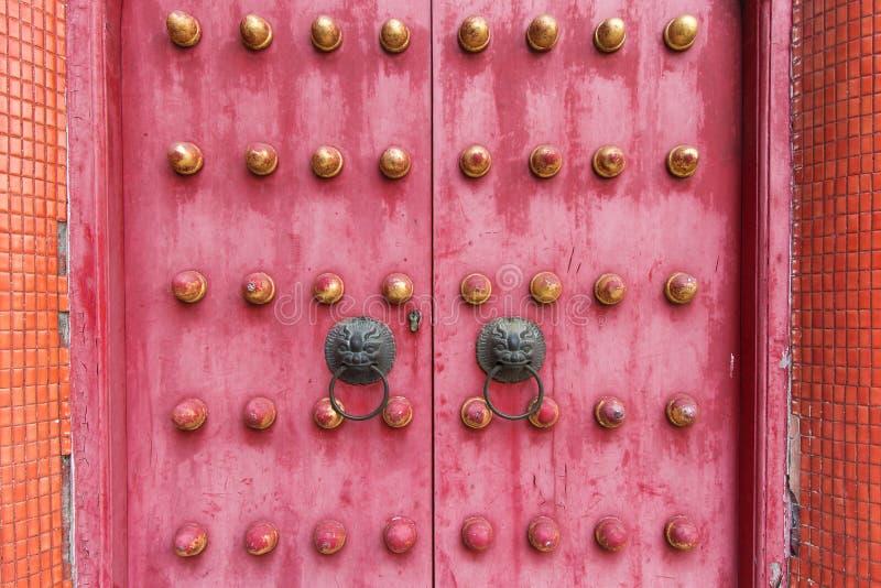 Chiński antyczny tradycyjny drzwi od świątyni obraz stock