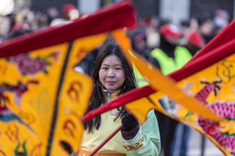 Chiński dziewczyna portret - Chińska nowy rok parada, Paryż 2018 zdjęcie stock