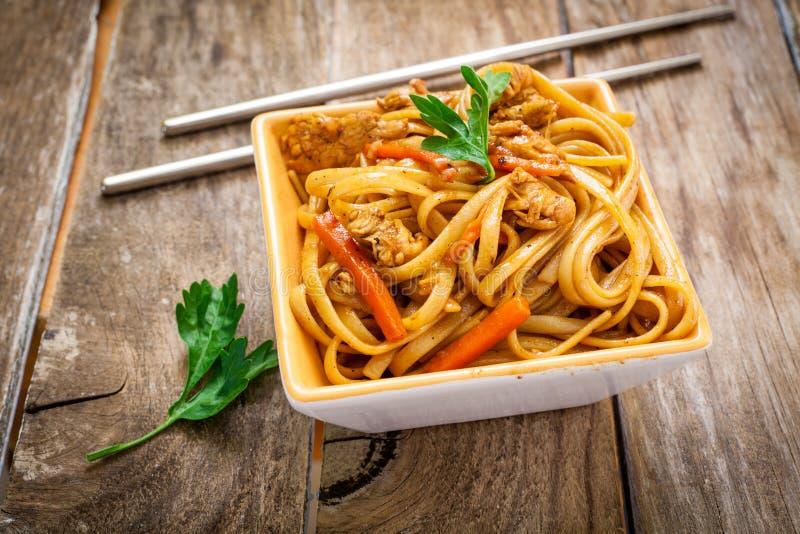 Chiński jedzenie na talerzu obrazy royalty free