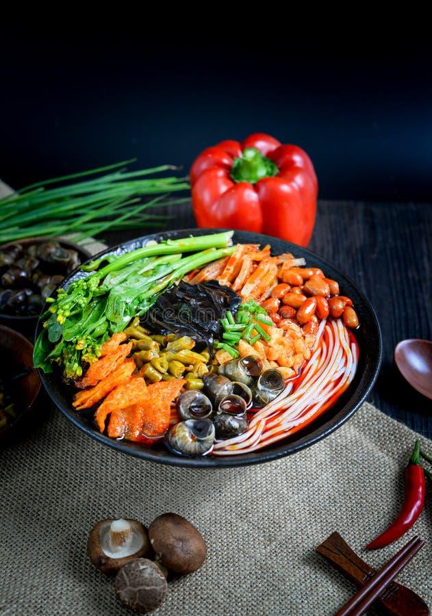Chiński karmowych i Chińskich klusek południowy Chiński jedzenie obraz stock