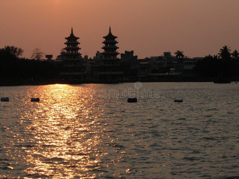 Download Chiński miasto słońca obraz stock. Obraz złożonej z chińczyk - 129435
