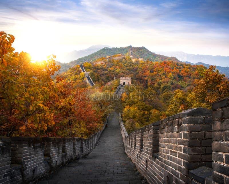 Chiński wielki mur w jesieni fotografia stock