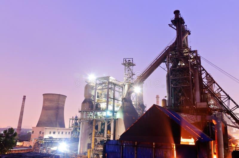 Chińskiego steelworks Przemysłowy budynek zdjęcie royalty free