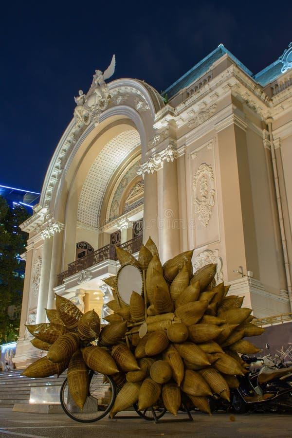 Chi Ho minh πρώην saigon πόλεων, θέατρο οπερών στοκ εικόνα με δικαίωμα ελεύθερης χρήσης