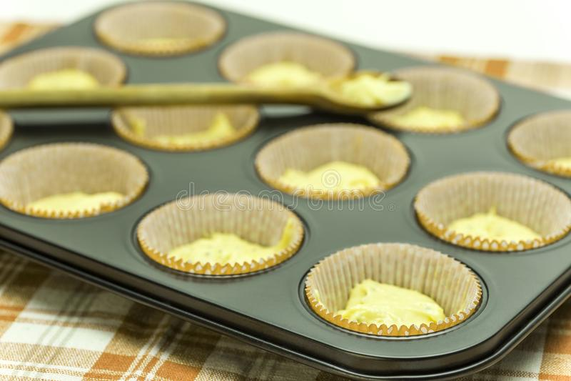 Chia-Muffins-Dough-4 imagens de stock