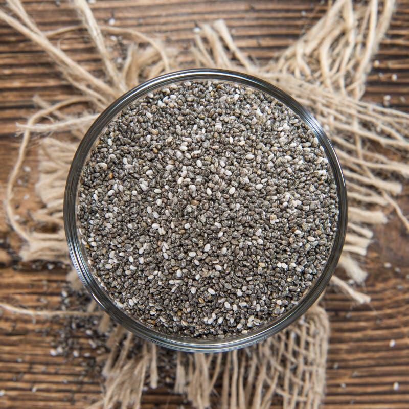 Chia Seeds in een kleine kom stock afbeelding