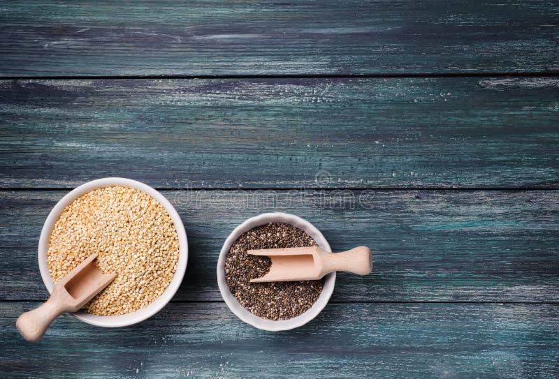 Chia y semillas de la quinoa foto de archivo