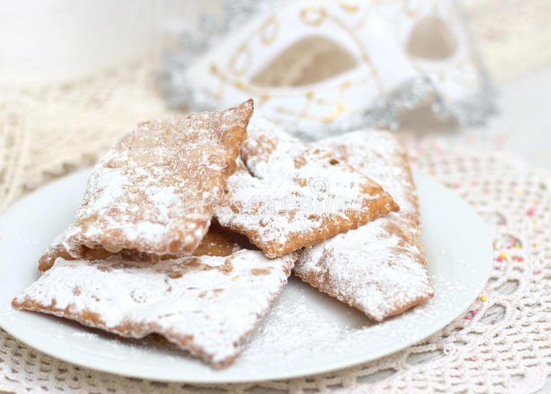 Chiacchiere - παραδοσιακά ιταλικά γλυκά καρναβαλιού στοκ φωτογραφία με δικαίωμα ελεύθερης χρήσης