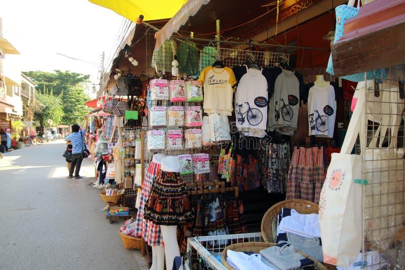 Chiang Khan uliczny rynek Loei, TAJLANDIA -, DEC 29, 2015 - fotografia stock
