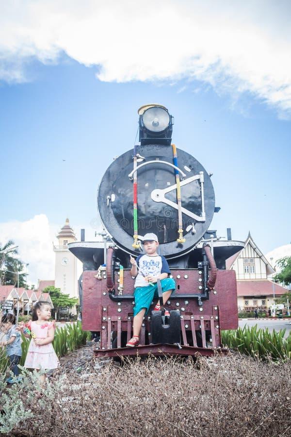 Chiang Mai - Lampang Thailand - 30 Mei: Chiangmai van de Travelbytrein royalty-vrije stock foto