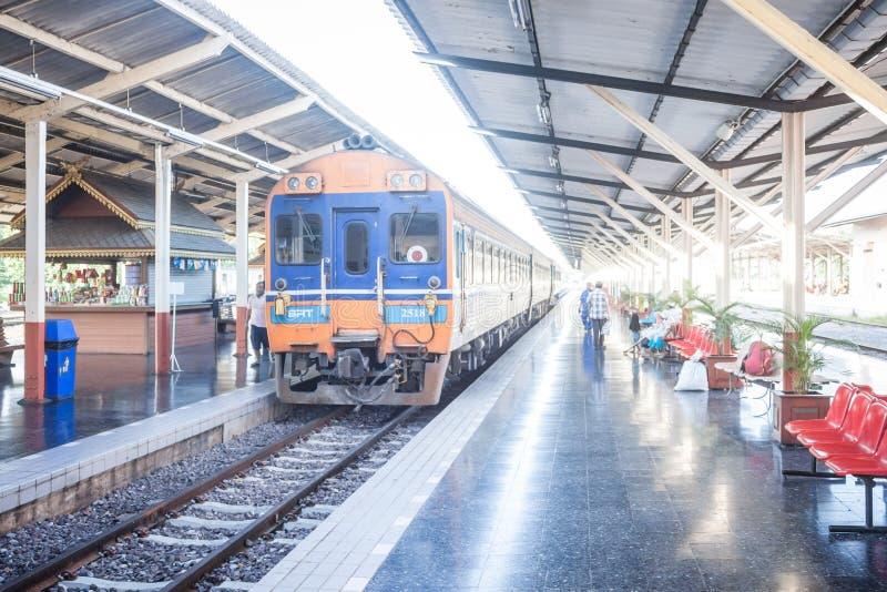 Chiang Mai - Lampang Thailand - 30 Mei: Chiangmai van de Travelbytrein royalty-vrije stock foto's