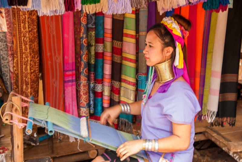 Chiang Mai, lang-Necked de stamdorp van Thailand royalty-vrije stock afbeeldingen