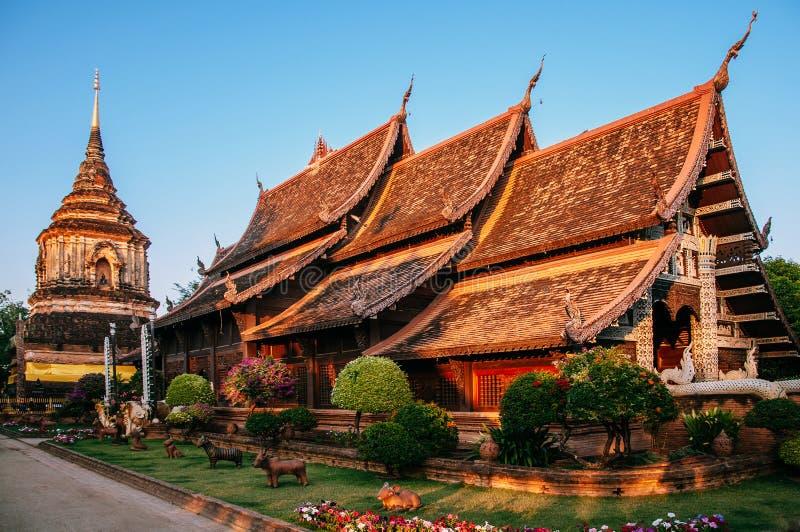Chiang Mai stadstempel, Wat Lok Molee, forntida Lanna architectur royaltyfri foto