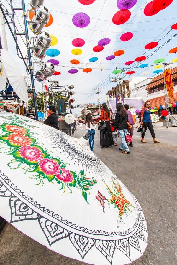 CHIANG MAI, TAILÂNDIA 19 DE JANEIRO: 31th guarda-chuva de Bosang do aniversário imagens de stock