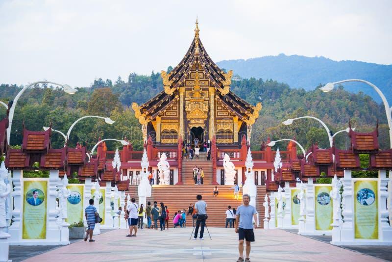 Chiang Mai, TAILANDIA 28 de diciembre de 2016: rajapruek real del parque imagenes de archivo