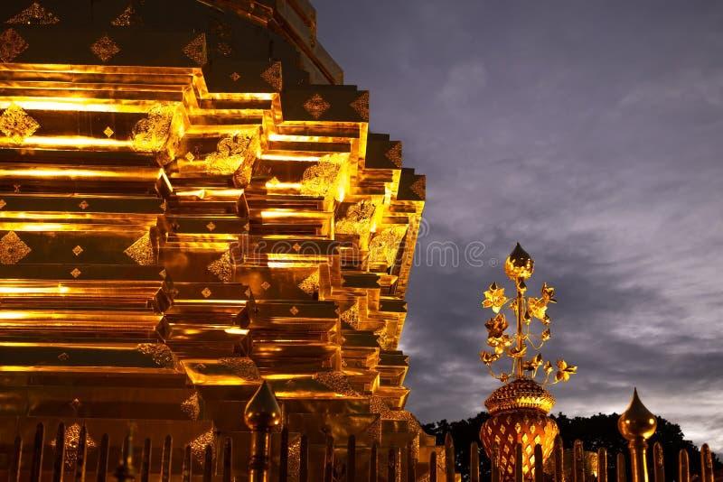 Chiang Mai Tajlandia, Kwiecień, - 11 2017: Sławny świątynny Doi Suthep w Tajlandia zdjęcie royalty free
