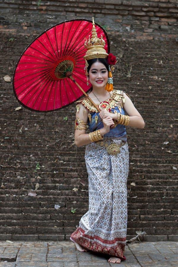 CHIANG MAI, THAILAND - FEBRUARI 01, 2014: Thais stock afbeeldingen