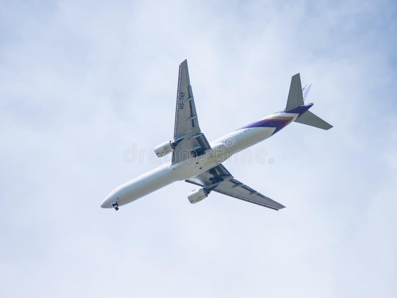 Chiang Mai Thailand - Mei 28: Boeing 777-2D7 van thaiairwaysThail stock fotografie