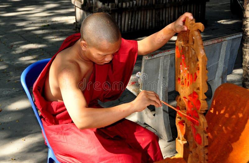 Chiang Mai Thailand: Tracery för Monkmålningfönster arkivfoton