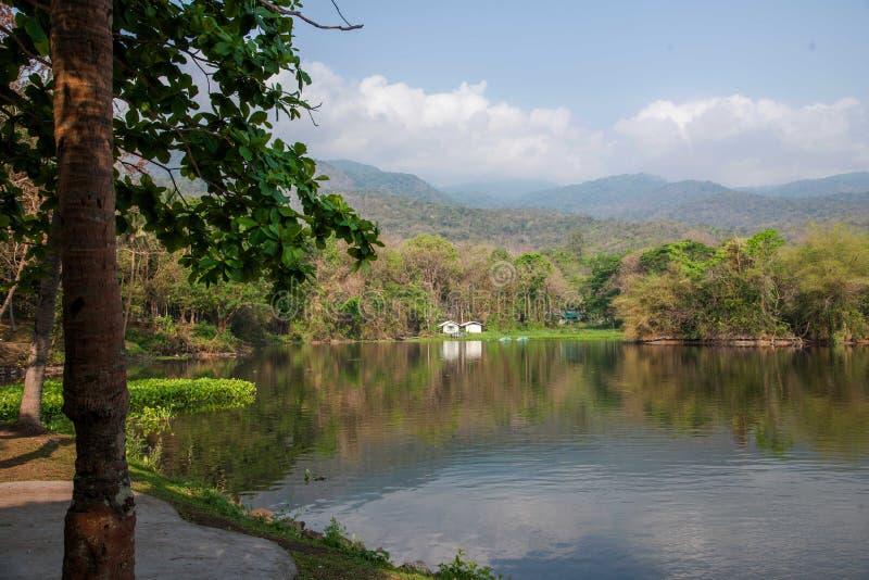 Chiang Mai University湖 免版税库存照片