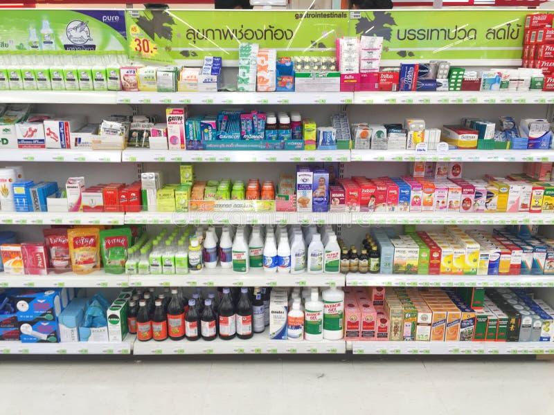 CHIANG RAI, TAILANDIA - 28 OTTOBRE: varia marca di pil medico immagine stock libera da diritti