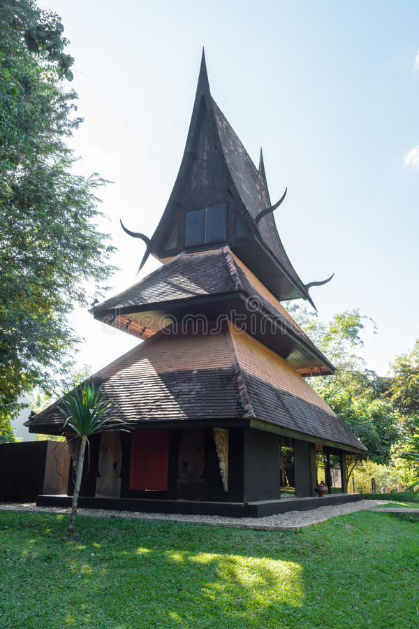 Chiang Rai, THAILAND - 22. November 2015: BAANDAM (schwarzes Haus) lizenzfreies stockbild