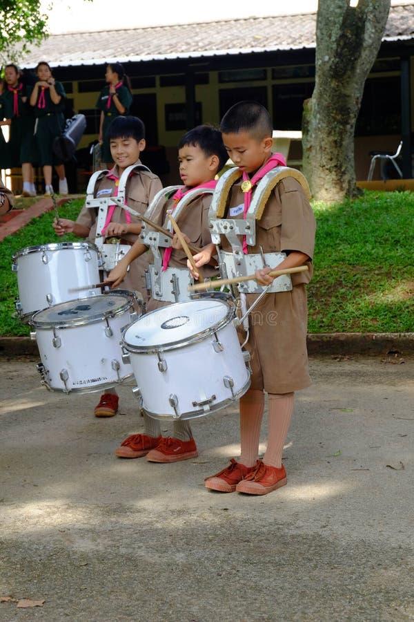 Chiang raja Tajlandia, Lipiec, - 31, 2018: Praktyki orkiestra marsszowa, a zdjęcie royalty free