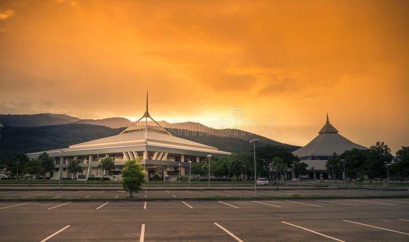 CHIANGMAI Таиланд-август 18,2017: Международная выставка и выставочный центр Чиангмая на день захода солнца стоковое фото