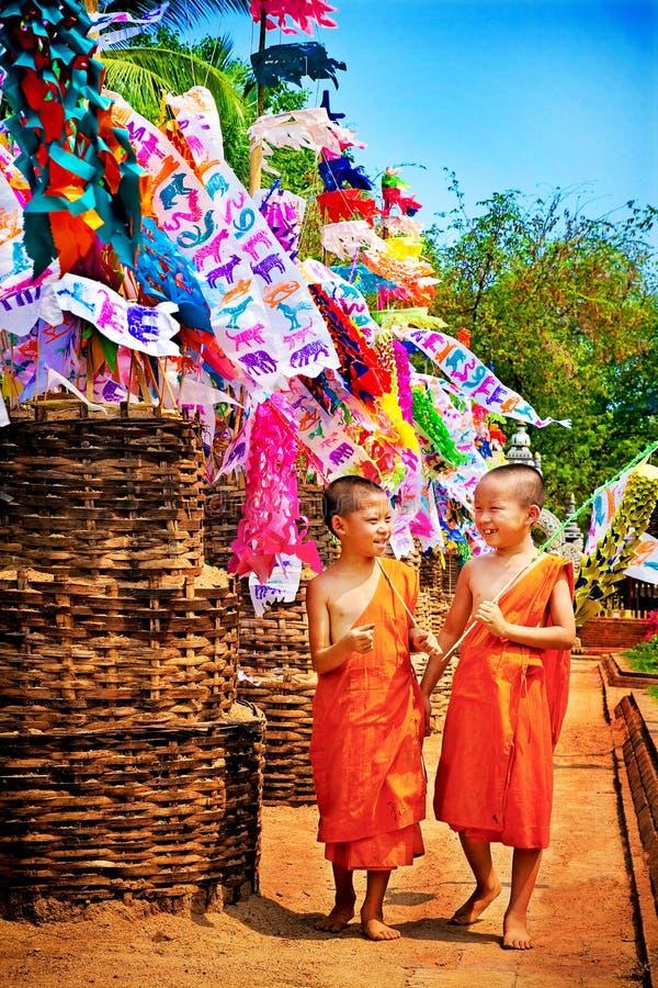 CHIANGMAI, ТАИЛАНД 14-ОЕ АПРЕЛЯ 2010: Фестиваль Songkran celebr стоковое фото