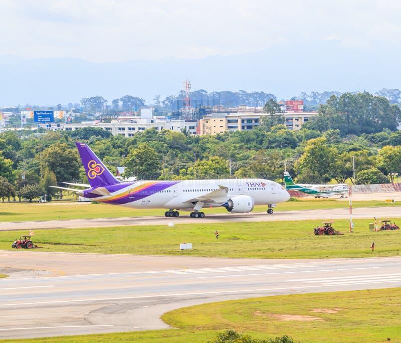 CHIANGMAI, ТАИЛАНД - 26-ое июля 2014: Аэробус A300-600R HS-TAN Thai Airways стоковая фотография rf