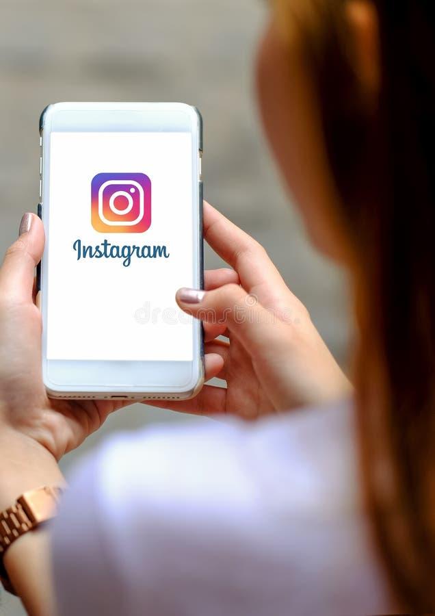 CHIANGMAI, TAILÂNDIA - 29 de agosto de 2018 Aplicação de Instagram sobre imagens de stock royalty free