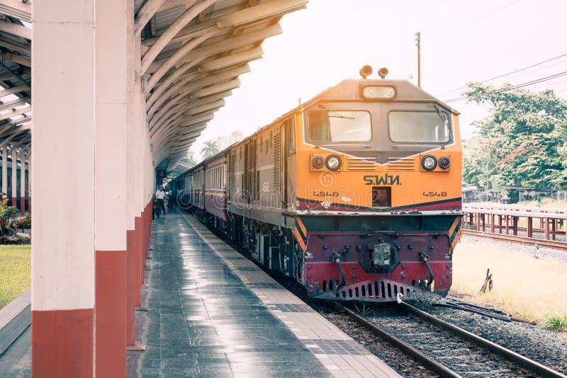 CHIANGMAI TAJLANDIA - 29 2017 CZERWIEC: lokomotywa pociąg przy Chiangma zdjęcia stock